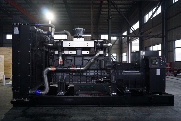 800KW东风股份柴油发电机组-SC33W1150D2