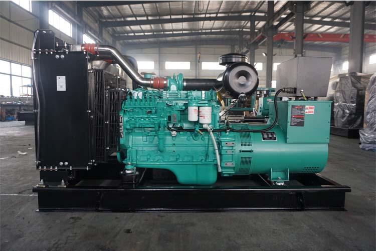 120KW东风康明斯柴油发电机组-6BTAA5.9-G12