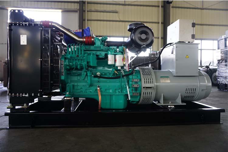 100KW东风康明斯柴油发电机组-6BTAA5.9-G2