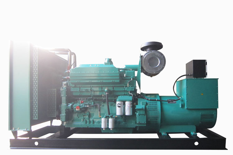 550KW重庆康明斯柴油发电机组-QSKTAA19-G4 NR2