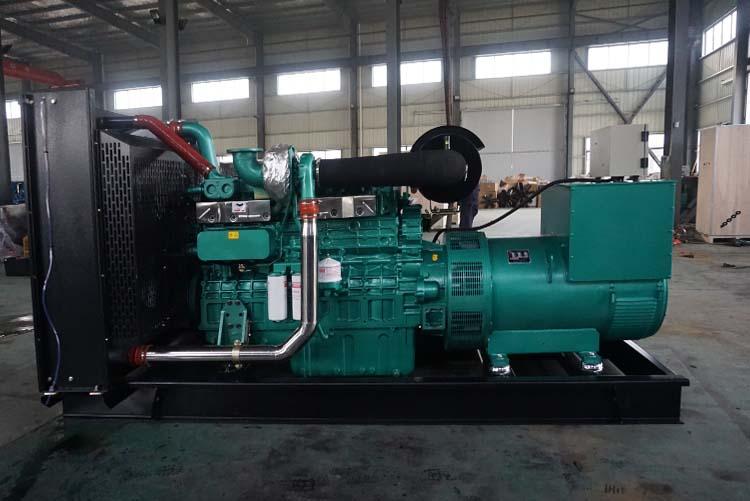 400KW玉柴柴油发电机组-YC6T660-D31