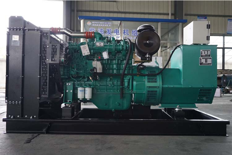 150KW玉柴柴油发电机组-YC6A245-D30