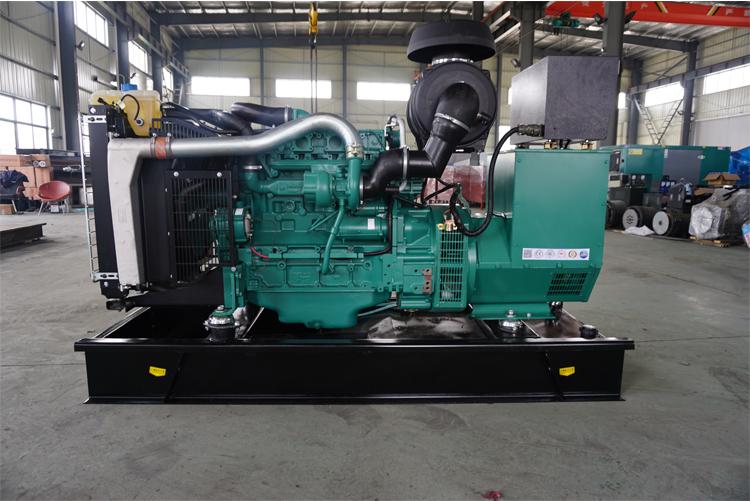120KW沃尔沃柴油发电机组-TAD751GE