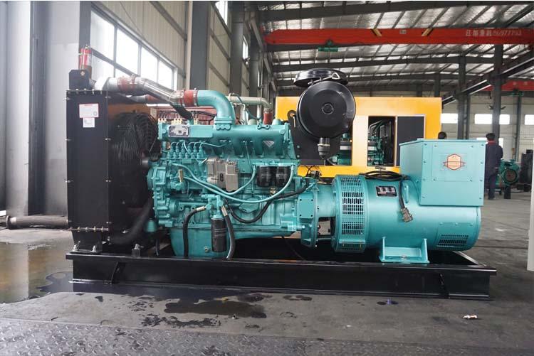 40KW东方红柴油发电机组-LR4B5-D